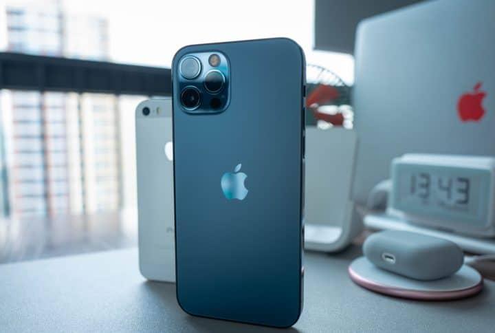 דוז פואה – ניצחון סוחף ל-12 iPhone